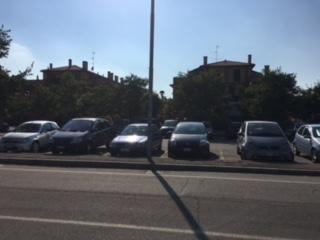 Parcheggio antistante il condominio